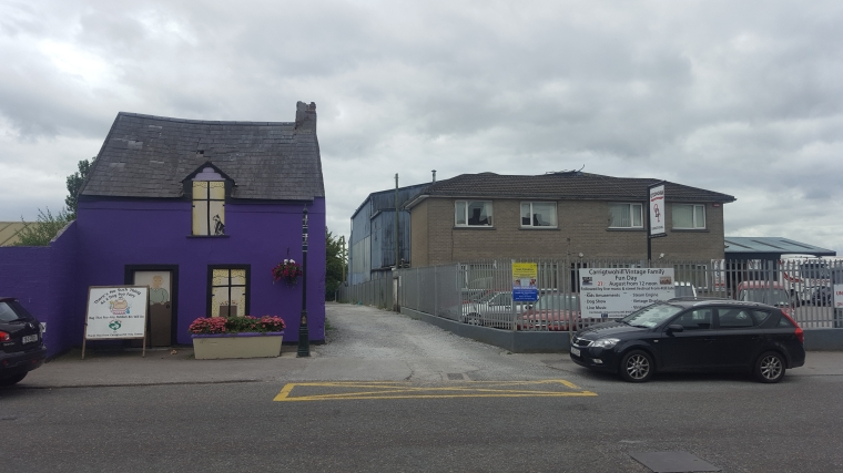 The former site (at right) of the Carrigwohill RIC Barracks. The ferocity of the attack on this Barracks on 2 January 1920 was seen by many as a major turning point in the War of Independence. Though the Barracks in no longer extant, much of the landscape that played a role in the action survives (Rubicon Heritage)
